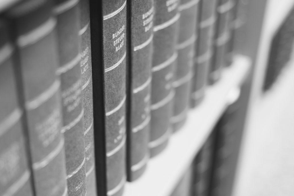 Kanzlei_Bücher
